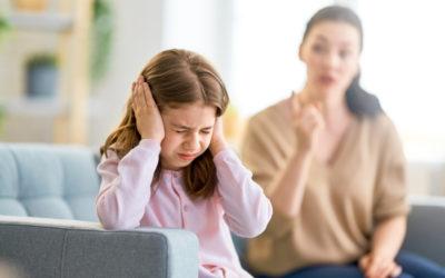 Dlaczego ona tak krzyczy? Co za wredna matka!